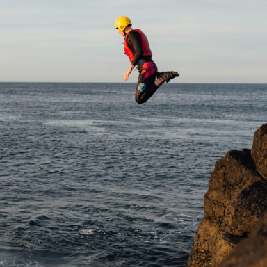 Coasteering - Knees First