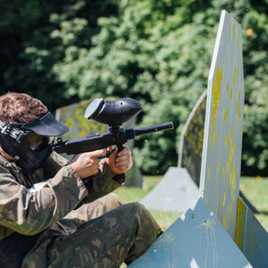Paintball - Taking Cover