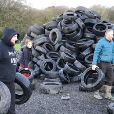Carrying tyres