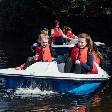FFD   pedal boats kids