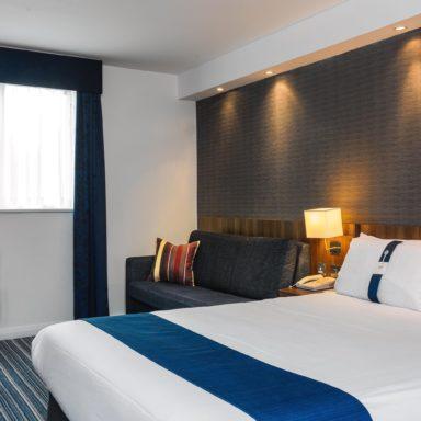 holiday inn express crawley 3383220202 2x1